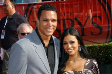 Tony Gonzalez's wife October Gonzalez