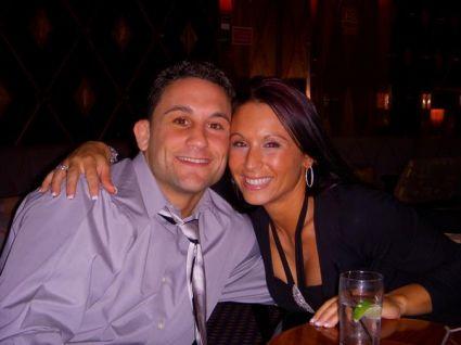 Frank Edgar e sua namorada, esposa e mulher Renee Edgar