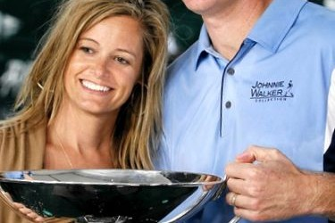 Jim Furyk's Wife @ goodwalkgolf.com