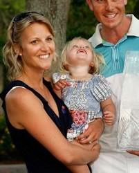Henrik Stenson's wife Emma Lofgren @ growyourbaby.com