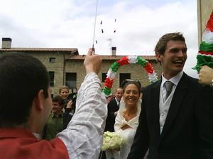 Tiago Splitter's wife Amaia Splitter @ hupu.com