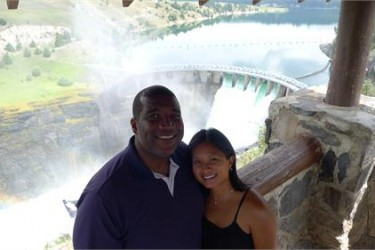 Curt Menefee's wife Viollette Menefee - ourwedding.com