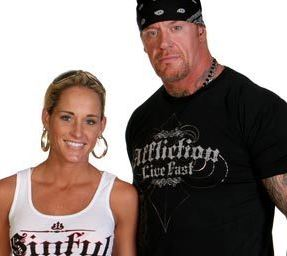 Michelle Mccool Baby The Undertaker's wife ...