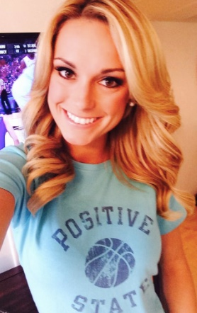 Is Alec Martinez's girlfriend Molly McGrath?