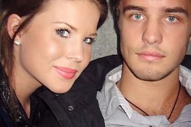 Niklas Hjalmarsson's girlfriend Elina Casell