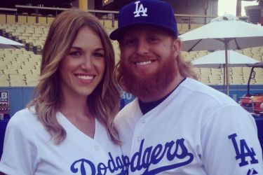 Justin Turner's girlfriend Kourtney Elizabeth