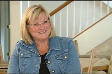 Kirk Ferentz's wife Mary Ferentz - KWWL