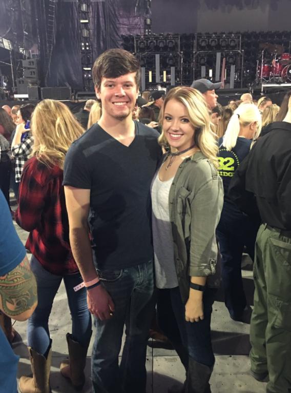 Erik Jones Girlfriend Hayley Burnash Playerwives Com